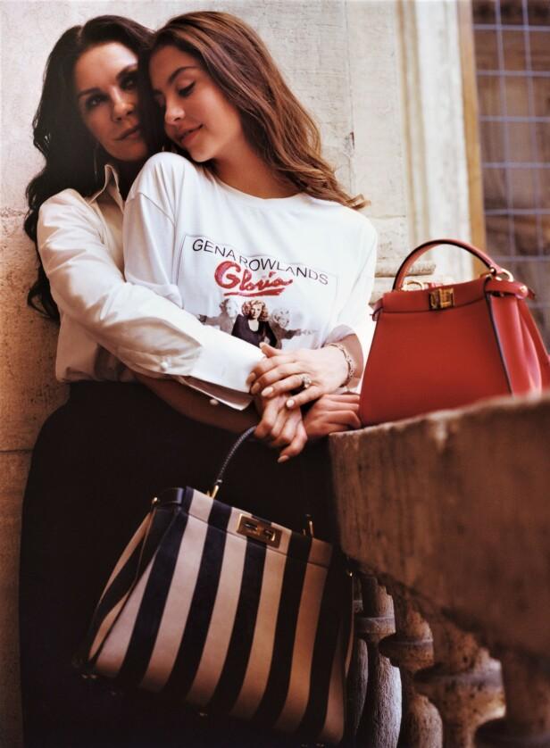 SAMMEN: Kjendisdatteren har stilt opp sammen med moren Catherine på sine første modell-oppdrag. Foto: Courtesy Fendi
