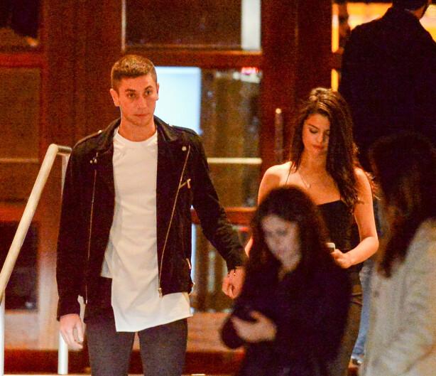 ESKER: Samuel og Selena var sammen i en periode i 2015. Denne uken skulle ryktebørsen ha det til at de var sammen igjen. Foto: NTB scanpix