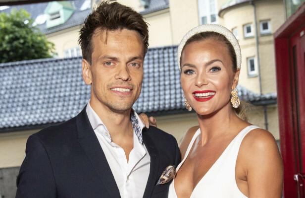 RIKT PAR: Lars-Kristian og Caroline Berg Eriksen har nok til salt i grøten - og vel så det. Foto: Andreas Fadum / Se og Hør