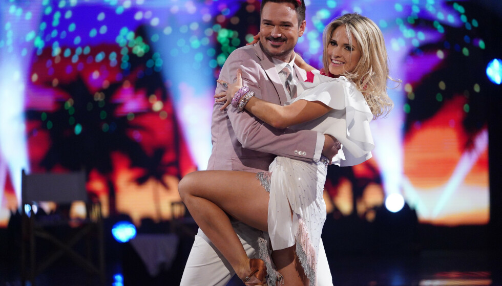 DOMMERDANS: Emilie Nereng danset med Tore Petterson. Foto: TV 2 / NTB Scanpix