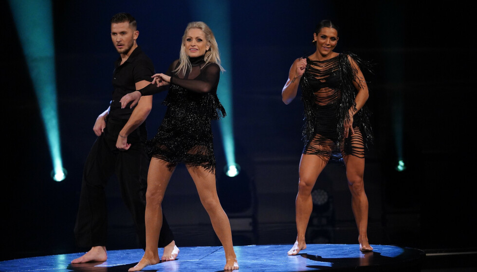 DOMMERDANS: Jørgine Massa Vasstrand danset med Merete Lingjærde. Foto: TV 2 / NTB Scanpix
