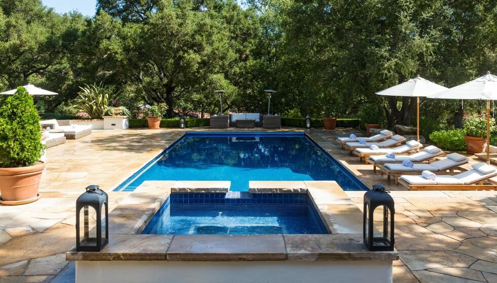BASSENG: Det er et varmt område. Da kan det være godt å ta seg en svømmetur. Foto: NTB Scanpix