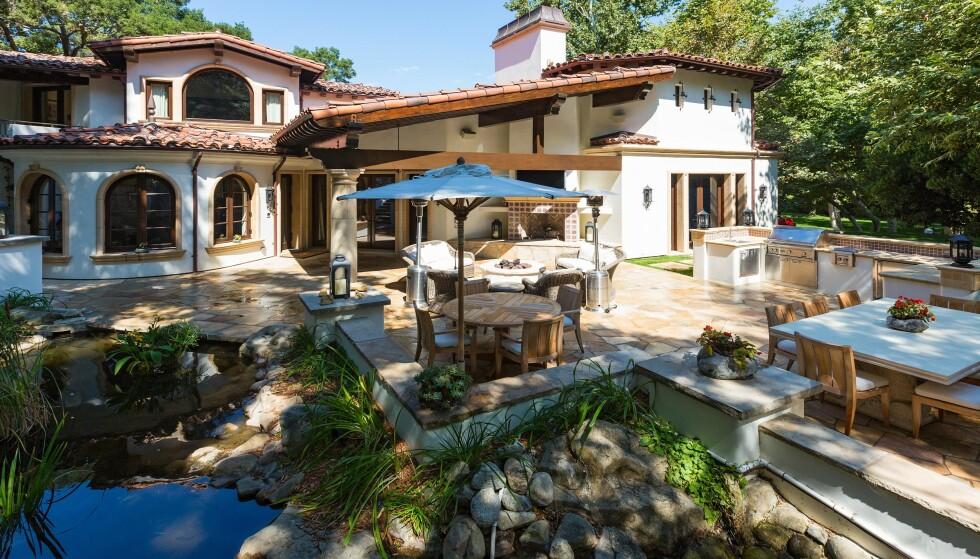 SPANSK: Liam Paynes villa er i spansk stil, slik som mange hjem i California er. Foto: NTB Scanpix