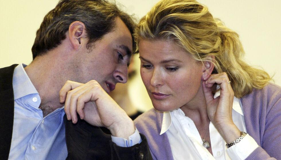 GIKK HVER TIL SITT: Vendela Kirsebom og Olaf Thommessen gikk hver til sitt etter elleve års ekteskap. Her er de avbildet sammen i 2004. Foto: NTB Scanpix
