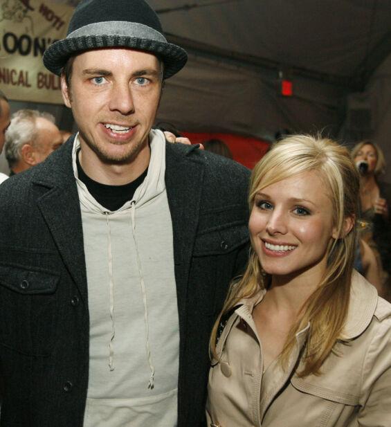 GIFT I DAG: Dax Shepard møtte Kristen Bell ikke lenge etter at han datet Kate Hudson. Her er de to avbildet sammen i februar 2008. Foto: AP/ NTB scanpix