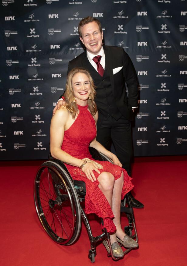 FORLOVET: Birgit og Martin forlovet seg i 2017, men bryllup må vente. Her under Idrettsgallaen i Stavanger. Foto: Andreas Fadum / Se og Hør