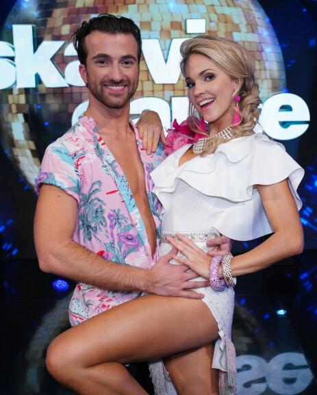 PROFFDANSER: Santino Mirenna og Emilie Nereng røk ut i semifinalen. Foto: TV 2