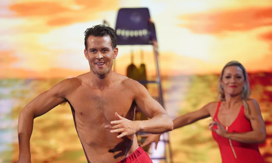 TIL TOPPS: Aleksander Hetland og Nadya Khamitskaya gikk helt til topps i årets «Skal vi danse». Nå har den tidligere svømmeren andre planer. Foto: TV 2