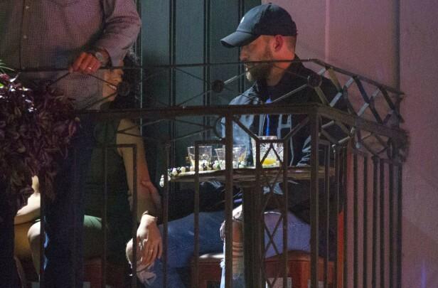 NÆRKONTAKT: Alisha og Justin så ut til å komme godt overens på baren i New Orleans. Foto: Mega/ NTB scanpix