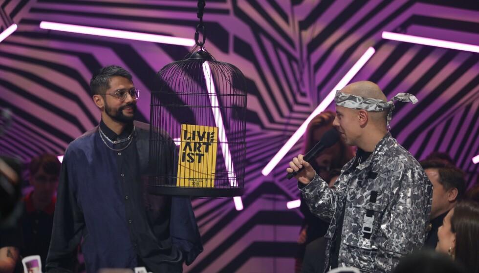 PRISVINNERE: Karpe var blant de som var nominert til flere priser i kveld. De stakk av med seieren for årets liveartist. Foto: Kim Erlandsen / NRK P3