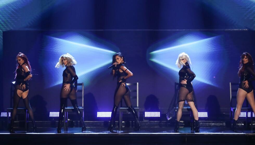 SHOW: The Pussycat Dolls' forrykende show falt ikke i god jord hos alle de britiske seerne. Foto: NTB Scanpix