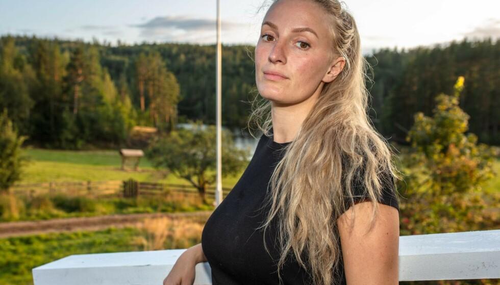 HETSES PÅ NETT: Ingebjørg Monique Haram (31) opplever at folk anklager henne for å juks i «Torpet». Foto: TV 2