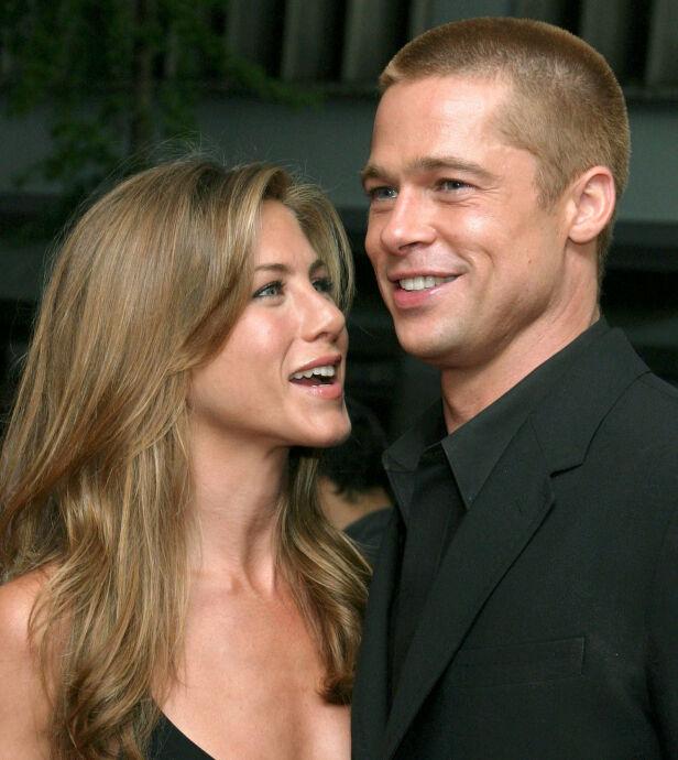 EKTEPAR: Jennifer Aniston og Brad Pitt var gift i fem år. Her er de avbildet i 2004, før de skilte lag i 2005. Foto: NTB Scanpix
