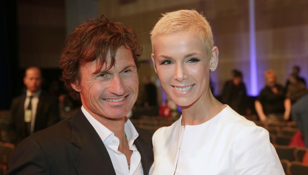 <strong>FORSKJELLIG:</strong> Petter og Gunhild Stordalen kunngjorde at de skulle gå fra hverandre i november. Nå feirer de sin første singeljul på 14 år, en halv verden unna hverandre. Foto: NTB scanpix