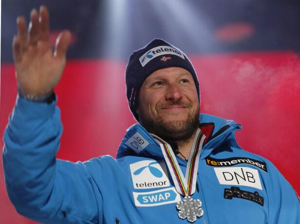 IMPONERENDE: Aksel kan se tilbake på en rekke medaljer som alpinist. Her da han tok sølv under VM i Åre i februar. Foto: NTB Scanpix