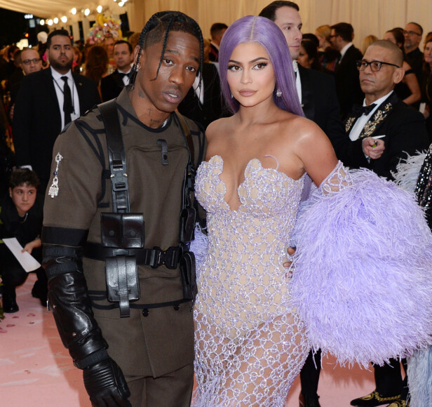 SAMARBEIDER: Ifølg en anonym kilde til Hollywoodlife er Kylie og Travis største fokus å oppdra datteren Stormi sammen, og ikke gjenforenes som et par. Foto: NTB Scanpix