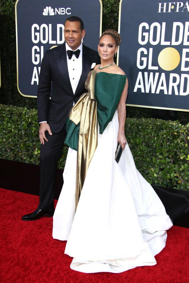 <strong>OVERDÅDIG KJOLE:</strong> Alex Rodriguez og Jennifer Lopez. Foto: NTB Scanpix