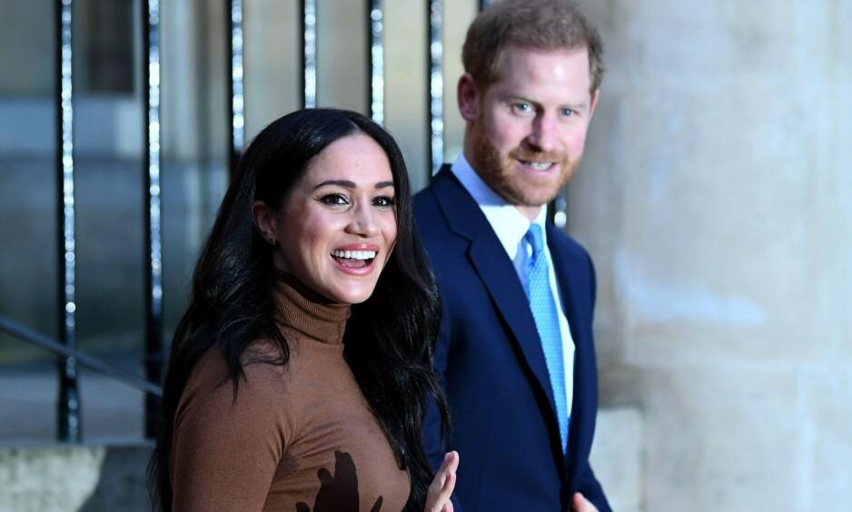 TILBAKE: Hertugparet får mindre framtredende roller i kongefamilien framover, melder det britiske kongehuset i en melding på Instagram. Foto: NTB Scanpix
