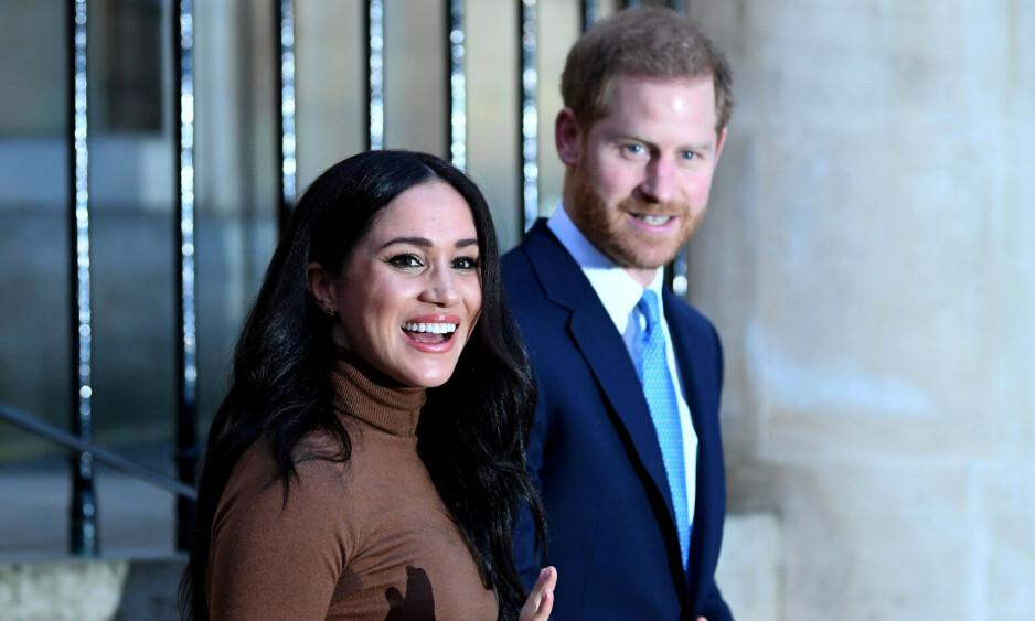 KRISEMØTE: I møtet diskuterte dronning Elizabeth løsninger på situasjonen som har oppstått etter at hertuginne Meghan og prins Harry valgte å trekke seg tilbake fra sine kongelige plikter. Foto: NTB Scanpix