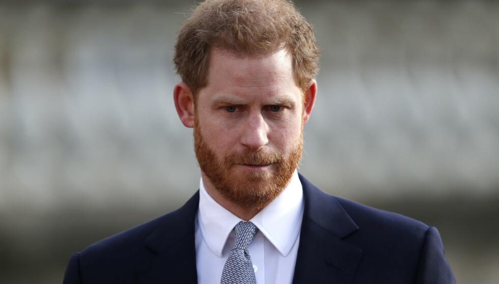 TILBAKE: Prins Harry skal gjennomføre sitt første offisielle oppdrag torsdag, etter at han og kona, hertuginne Meghan, kunngjorde at de trekker seg tilbake fra kongelige plikter. Foto: NTB Scanpix