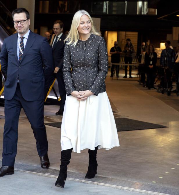 <strong>TILBAKE:</strong> Torsdag var kronprinsesse Mette-Marit tilbake på jobb. Foto: Andreas Fadum/ Se og Hør