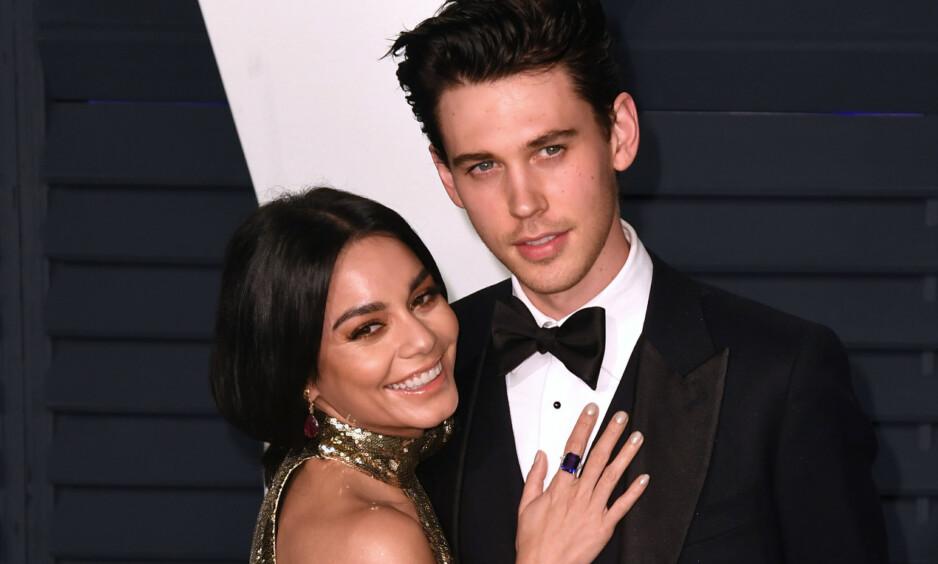<strong>BRUDD:</strong> Vanessa Hudgens og Austin Butler har vært et par i rundt åtte år. Nå skal de imidlertid ha besluttet å gå hver til sitt. Her er de på Vanity Fairs Oscar-fest i 2019. Foto: NTB Scanpix