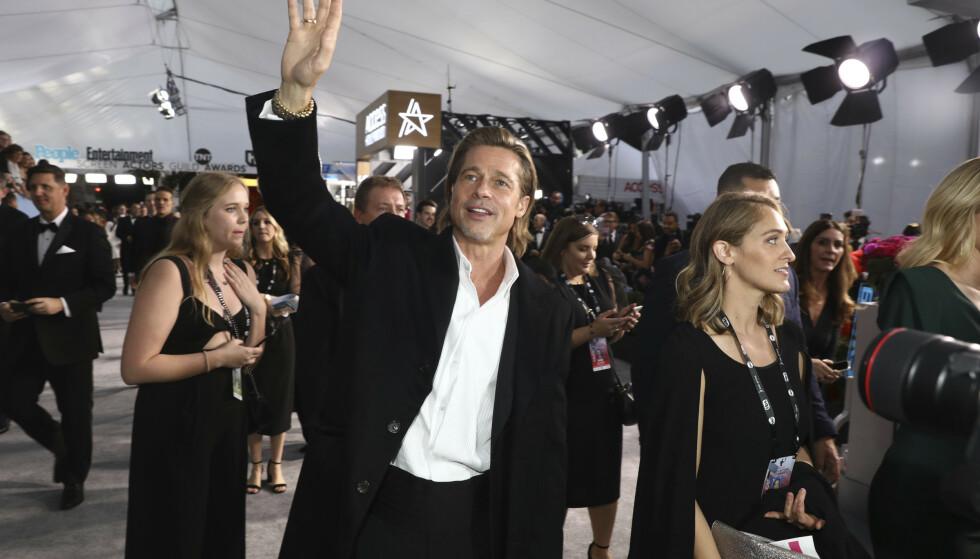 VINNER: Brad Pitt vant prisen for beste birolle under kveldens prisutdeling. Foto: NTB Scanpix