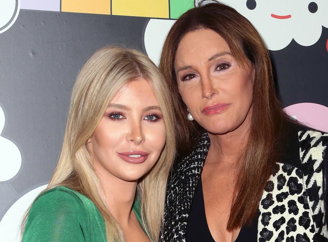 VENNINNER: Sophia Hutchins begynte som manager til Caitlyn Jenner, men de to har blitt nære venner gjennom årene. Foto: NTB Scanpix