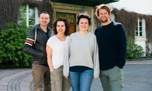 <strong>EKSPERTER:</strong> Jens Andreas Huseby, Lene Pettersen, Catrin Sagen og Per-Magnus Thompson utgjør ekspertpanelet som matcher parene sammen. Foto: TVNorge