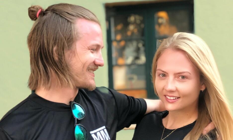 BOR SAMMEN: Tom Hilde og Kine Olsen Vedelden fant tonen foran tv-kameraene: Foto: Privat