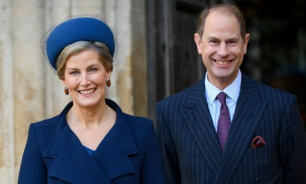 <strong>GOD KANDIDAT:</strong> Kongehusekspert Phil Dampier peker på Sophie, grevinne av Wessex, som en kandidat til å fylle Meghan og Harrys fotspor. Her med ektemannen prins Edward. Foto: NTB scanpix