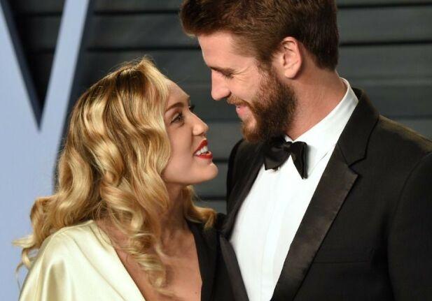 EKSER: Miley Cyrus og Liam Hemsworth var i et langvarig av-og-på-forhold som endte i et kortvarig ekteskap. Foto: NTB scanpix