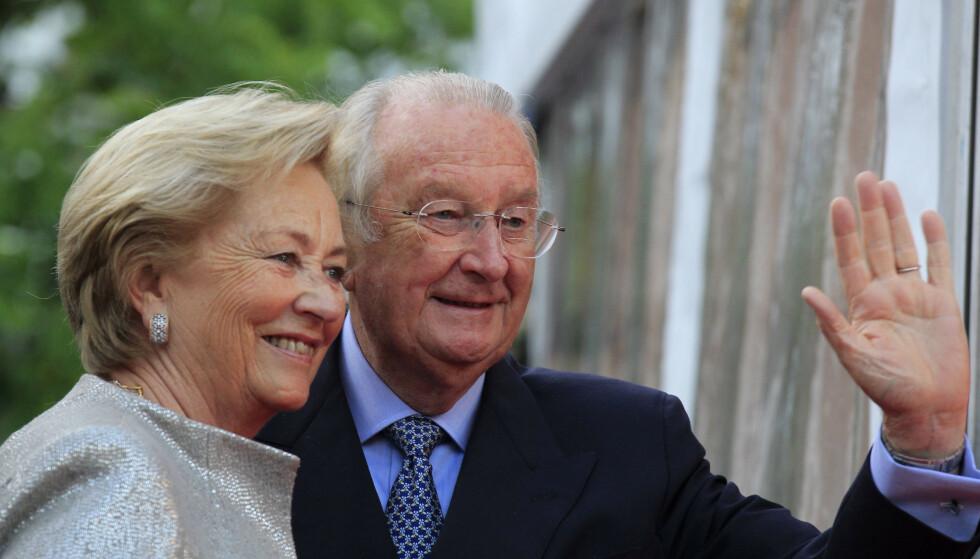 GIFT I 60 ÅR: Tidligere kong Albert II og dronning Paola har vært gift siden 1959. De to er fortsatt gift, til tross for den pikante farskapssaken. Foto: NTB scanpix