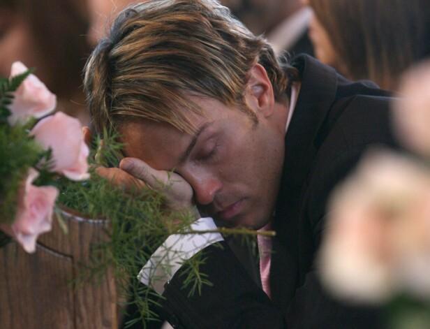 <strong>BEGRAVELSE:</strong> Larry Birkhead under Anna Nicole Smiths begravelse i mars 2007. Foto: NTB Scanpix