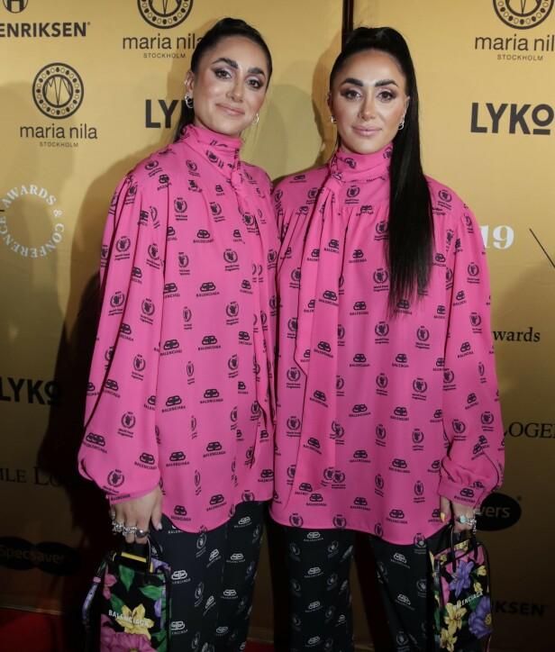 <strong>ROSA:</strong> Tvillingene Vita og Wanda Mashadi dukket opp i like antrekk. Foto: NTB Scanpix
