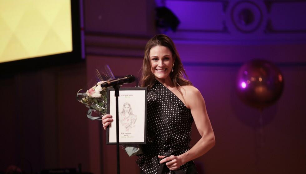 VANT PRIS: Jenny Skavlan ble kåret til årets influenser innen mote under årets Vixen Awards. Foto: NTB Scanpix