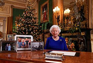 Derfor har hun ikke tatt ned julepynten - før nå