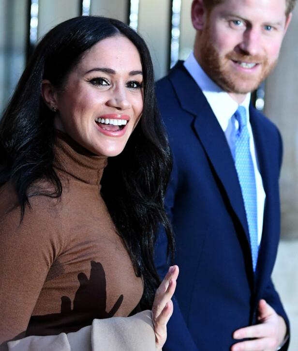 - KALLES HJEM: Dronning Elizabeth skal ha bedt hertugparet om å komme tilbake til Storbritannia i mars. Foto: NTB Scanpix