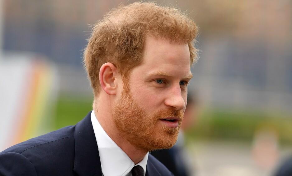 SKAL HA FÅTT HJELP: Flere utendlanske medier hevder at prins Harry har fått behandling for hårtapet sitt. Foto: NTB Scanpix