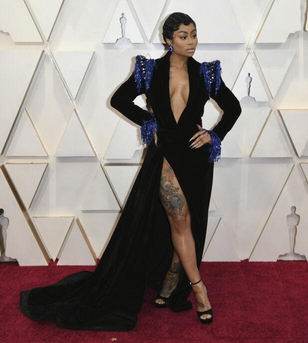 VISER FREM: Blac Chyna hadde en av de mer avslørende kjolene på Oscar-utdelingen natt til mandag. Foto: NTB scanpix