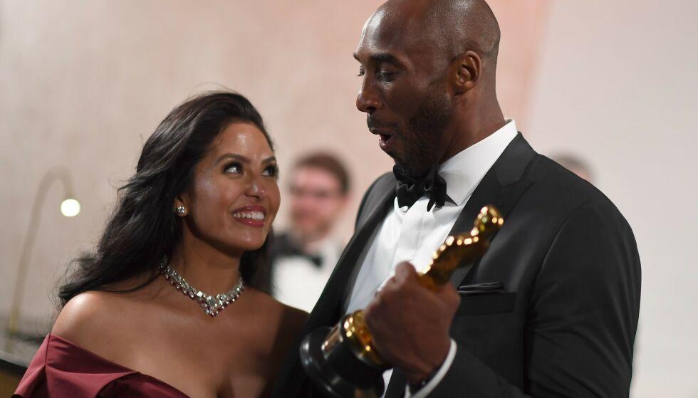 I SORG: Kobe Bryants kone, Vanessa, er i dyp sorg etter basketballikonets bortgang. Foto: NTB scanpix