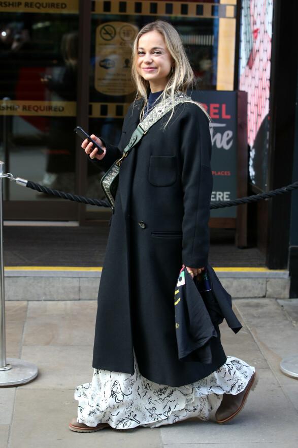 ELEGANT: Amelia Windsor fotografert under moteuken i London i fjor. Foto: NTB Scanpix
