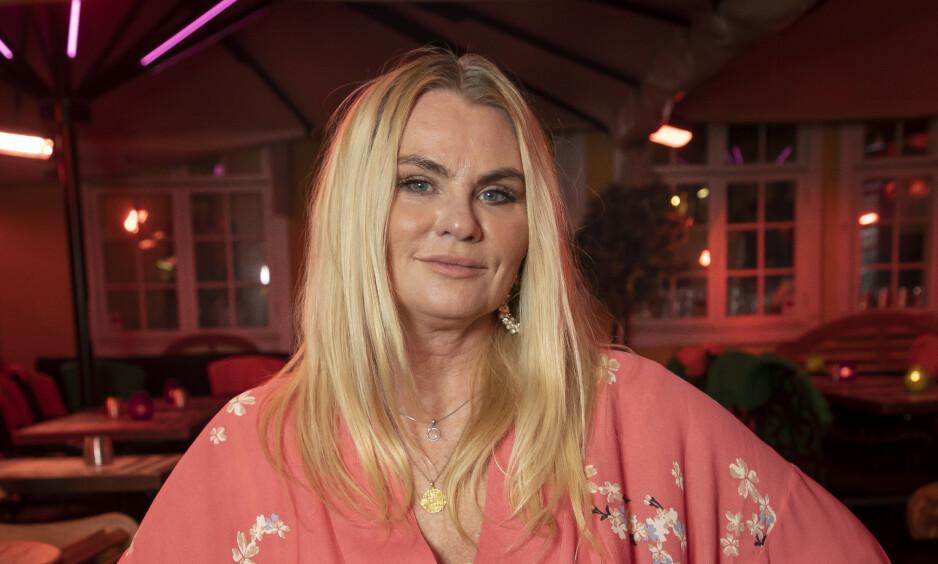 ØKONOMISK SMELL: Mia Gundersen sitter på to boliger etter skilsmissen. Nå avslører hun hvordan hun har fått det til å gå rundt. Foto: Tore Skaar / Se og Hør