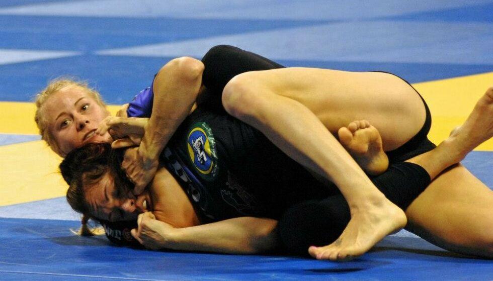 HARD SPORT: Det er liten tvil om at jiu-jitsu er en beinhard sport. Her under VM i 2011. Foto: Privat