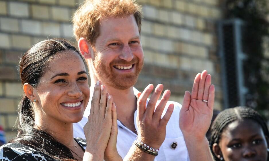 NYTT INNLEGG: På hertuginne Meghan og prins Harrys nettside har det nå blitt delt et lengre innlegg som går nærmere inn på hva slags endringer de står overfor i tiden fremover. Foto: NTB Scanpix