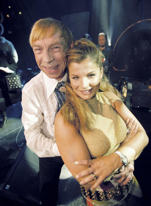 MGP: Jahn Teigen og Carola Häggkvist under den norske Melodi Grand Prix-finalen. Foto: Morten Krogh