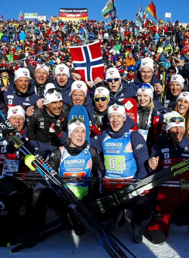 <strong>JUBELDAGER:</strong> Verdensmesterskapet i skiskyting har vært en triumfferd for Marte, Johannes Thingnes Bø og Norge. Foto: NTB Scanpix