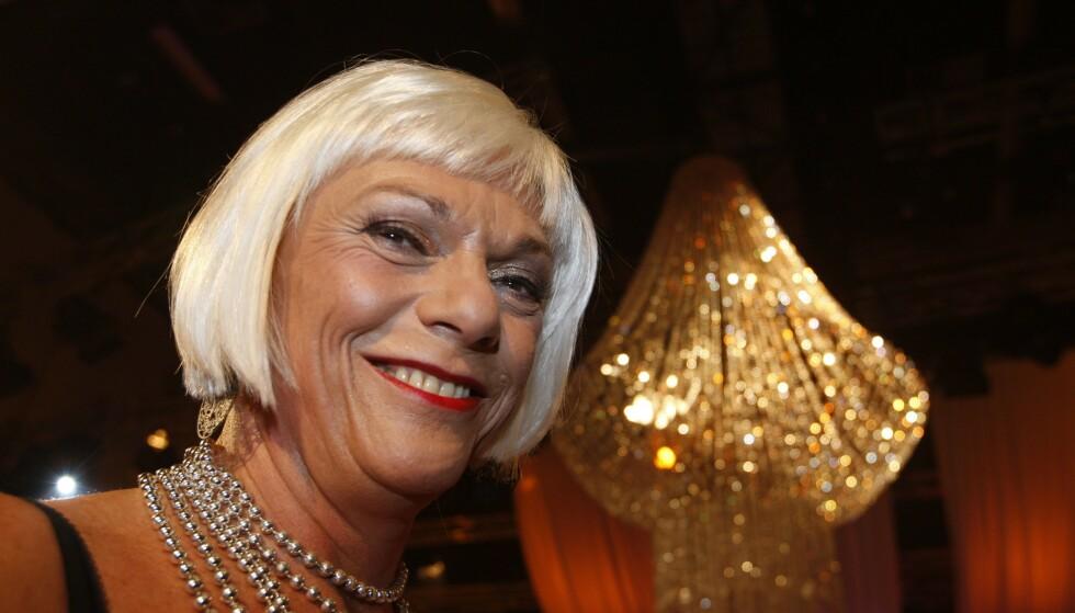SYK: Esben Esther Pirelli Benestad (70) avslører tykktarmkreft med spredning. Her er hen avbildet under «Skal vi danse» i 2007. Foto: NTB Scanpix