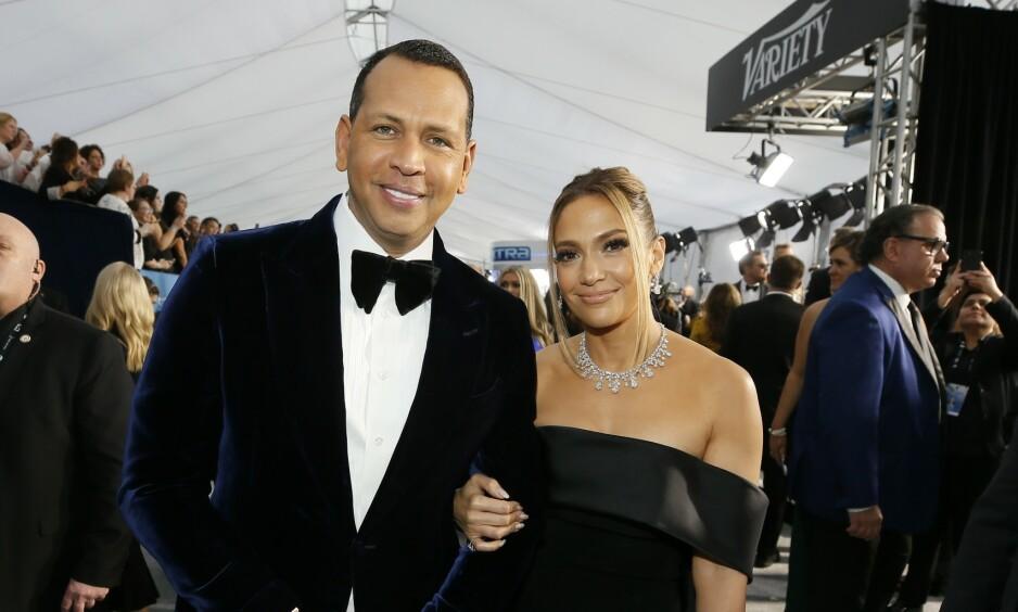 FORLOVET - MEN BARE DET: I mars i fjor forlovet Alex Rodriguez og Jennifer Lopez seg - men de har ingen hast med å gifte seg, røper sistnevnte i et nytt intervju. Foto: NTB Scanpix