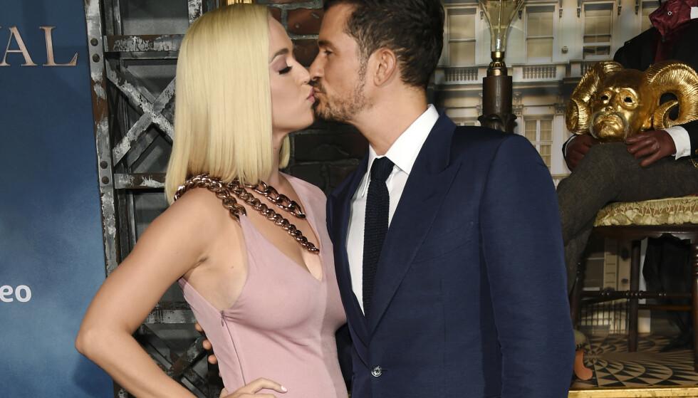 VENTER BARN: Katy Perry og Orlando Bloom blir foreldre. Foto: NTB Scanpix
